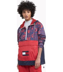 tommy hilfiger women's space jam: a new legacy x tommy jeans packable popover red/ navy character camo - xl