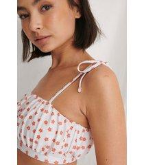 curated styles återvunnen bikinitopp med knytdetalj - white