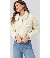 ivana santacruz x na-kd cropped teddy jacket - white