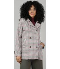 casaco trench coat feminino estampado xadrez com capuz removível bege
