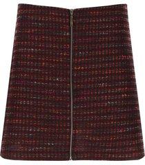 falda corta tejida color rojo, talla 10