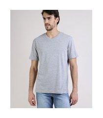 camiseta masculina básica manga curta gola em v cinza mescla