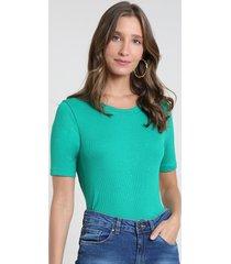 blusa feminina básica canelada manga curta decote redondo verde