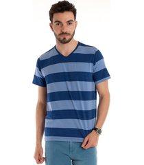 camiseta decote v manga curta azul marinho