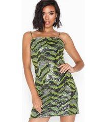 noisy may nmping s/l short dress 7 klänningar