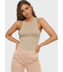 nly trend a simple tank top linnen