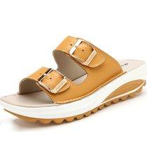 sandali da spiaggia con plateau in cuoio a colore caramelle con fibbie metalliche slippers ciabatte