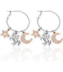 orecchini a cerchio in metallo bicolore e strass con simboli stella, unicorno e luna per donna