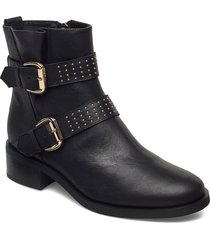 stb-amy buckles l shoes boots ankle boots ankle boot - heel svart shoe the bear