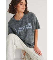 na-kd trend t-shirt med limitless tryck - grey
