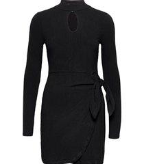 nurseli dress kort klänning svart guess jeans