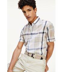 tommy hilfiger men's regular fit madras shirt tan/natural/navy - xs