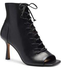 vince camuto women's eshilliy lace-up shooties women's shoes