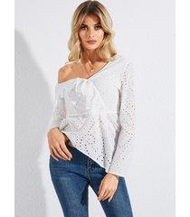 yoins encaje blanco sin espalda hueco diseño one blusa de manga larga con hombros descubiertos