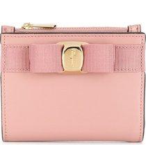 salvatore ferragamo vara bow bi-fold leather wallet - pink