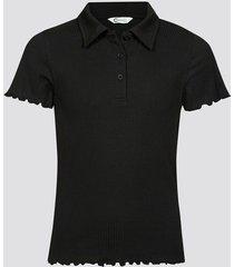 t-shirt med krage - svart