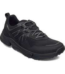 tripathtrekgtx låga sneakers svart clarks