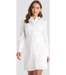 na-kd boho anglaise collar mini dress - white