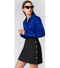 na-kd side poppers mini skirt - black