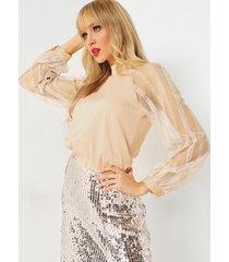 blusa de manga abullonada raglán de encaje de malla con cuello alto albaricoque