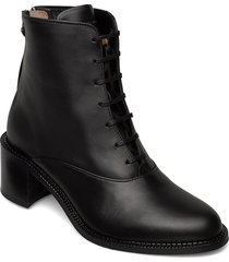 town lace up boot shoes boots ankle boots ankle boots with heel svart royal republiq