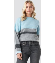 na-kd trend wide sleeve blocked colour sweater - blue