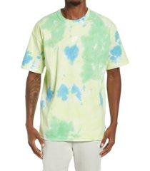 nike sportswear oversize tie dye t-shirt, size mt in white/light lemon twist at nordstrom