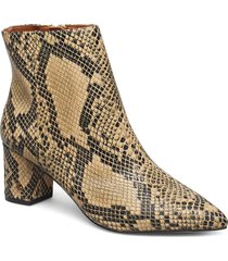 burlington ankle boot shoes boots ankle boots ankle boots with heel beige kurt geiger london