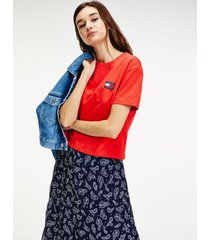tommy hilfiger women's recycled tommy badge t-shirt deep crimson - xs