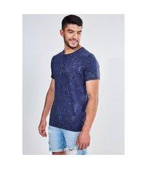 camiseta azul marinho em malha marmorizada