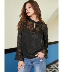 yoins blusa de malla negra con volante de flores cuello