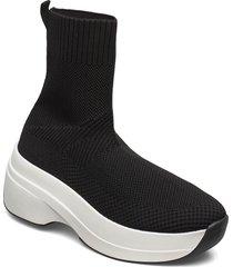 sprint 2.0 sneakers svart vagabond