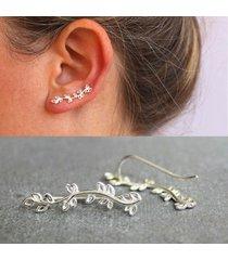 orecchini a chiodo a fiori