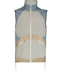 arnar mar jonsson composition panelled gilet - neutrals