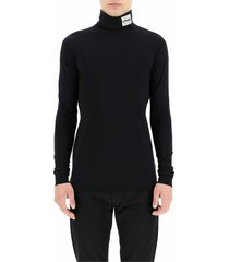 turtleneck t-shirt with patches