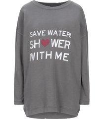 the hip tee sweatshirts