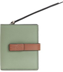 women's loewe logo tab leather wallet - green