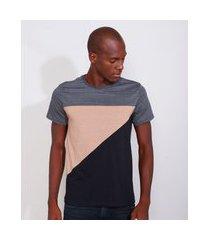camiseta masculina slim manga curta com recortes gola careca cinza mescla escuro
