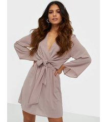 ax paris v neck long sleeve dress klänningar