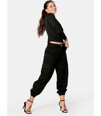 pantalón slouchy tipo cargo