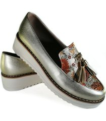 zapato dorado ballerinas emilia borlas