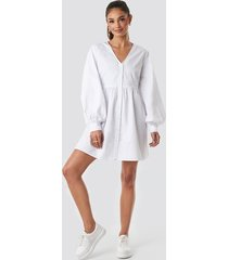 na-kd boho balloon sleeve mini shirt dress - white