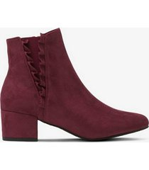 boots med volang