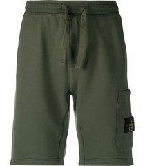 stone island compass-patch drawstring shorts - green