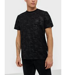 only & sons onsharuki camo ss tee t-shirts & linnen svart
