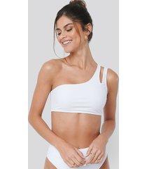 na-kd swimwear one shoulder cut out bikini top - white