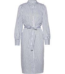 sc-oasis knälång klänning vit soyaconcept
