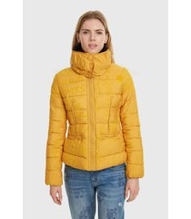 parka desigual corta amarillo - calce regular