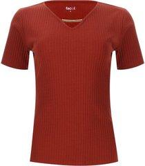 camiseta con herraje en frente color café, talla 14