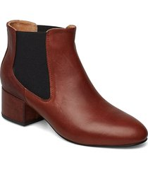 sophy low chelsea l shoes boots ankle boots ankle boots with heel brun shoe the bear